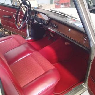 Restauración Seat antiguo